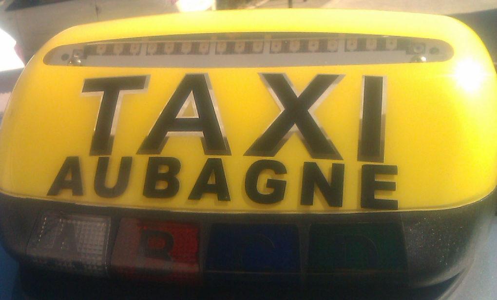Lumineux des taxis d'Aubagne